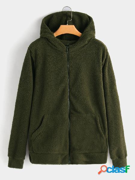 Abrigo de piel sintética con capucha y bolsillo verde