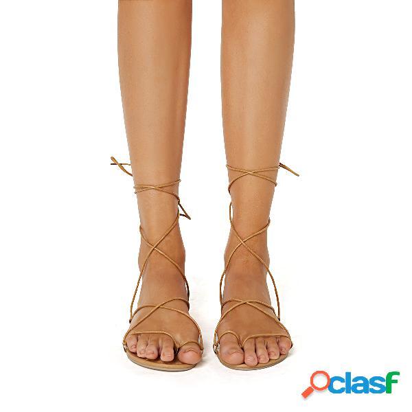 Sandalias planas de gladiador con cordones marrón claro