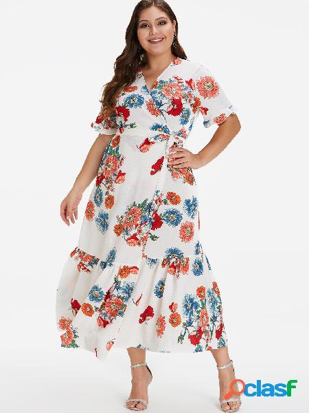 Vestido largo plisado con estampado floral de talla grande