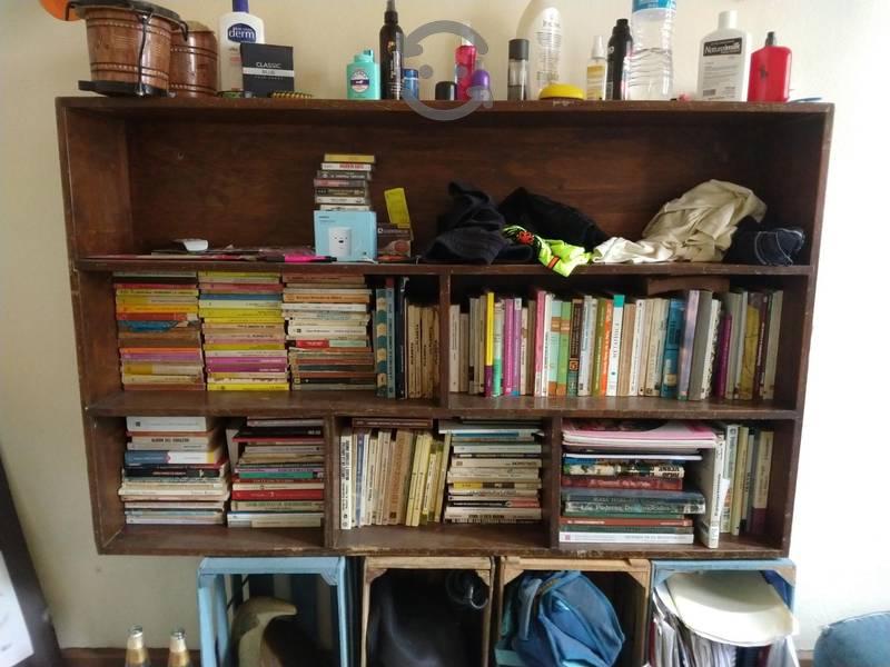 Librero de Madera REMATE URGE