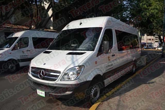 Renta de camionetas y autobuses económicos!