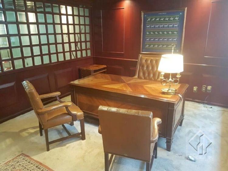 Oficina de lujo totalmente amueblada en Renta Bosque de las