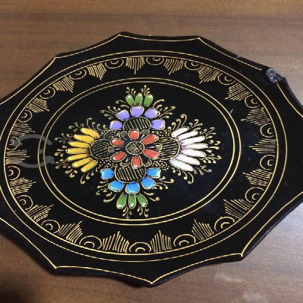 Artesanía de muchos años pintada a mano