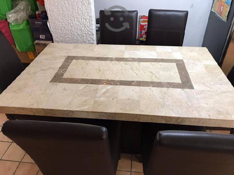 Comedor de mármol con 6 sillas