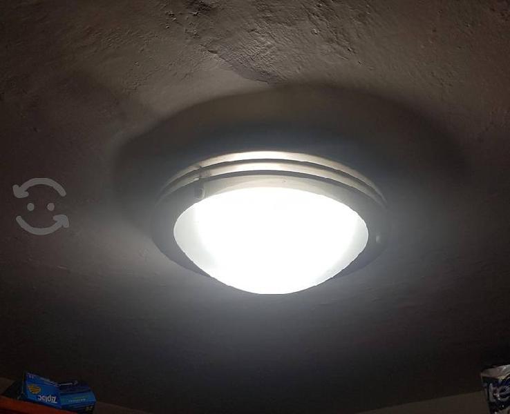 LAMPARAS DE TECHO TECNOLITE