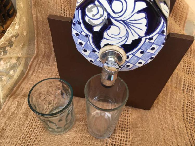 Licorera barril de cerámica