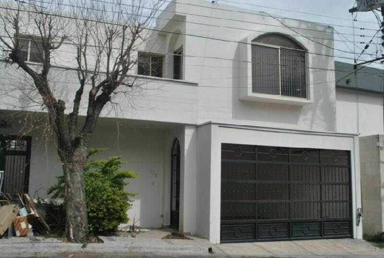 RENTA. Casa en Real San Agustin, San Pedro Garza Garcia,