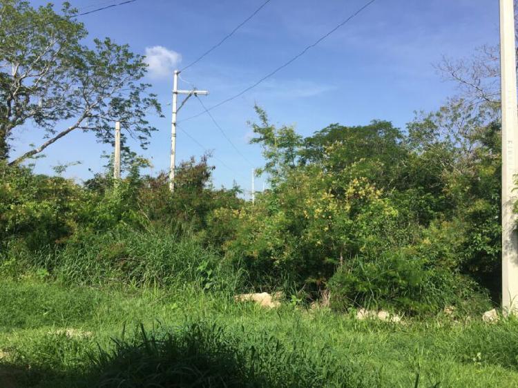 Se vende terreno de 2,728 m2 en Sitpach en Mérida