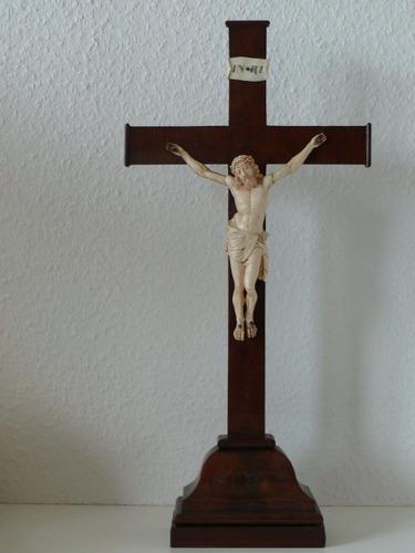 Antigua Talla Cristo Alemán Labrado Cruz Madera Con Base