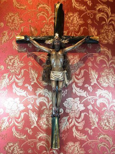 Cristo Tallado En Madera 60cm Policromía Al Óleo