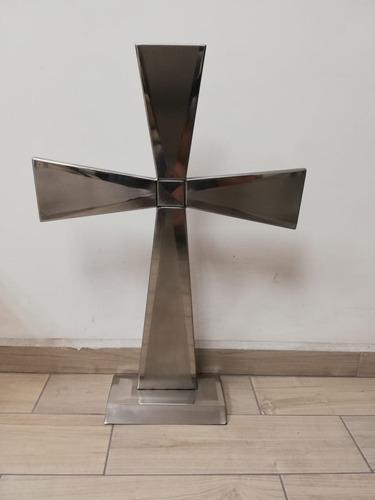 Cruz Con Brillo Exterior Y Base Acero Inox. Steel Ez