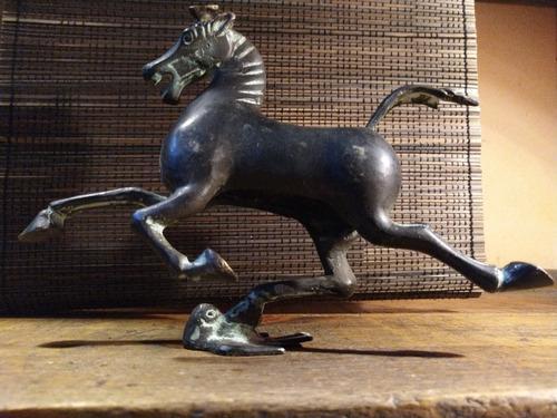 Escultura De Bronce Caballo Volador Dinastía Han Antiguo