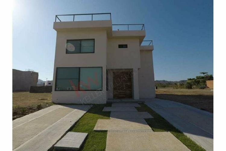 Espectacular Casa con Vista en Venta Frac. B Nayar Riviera