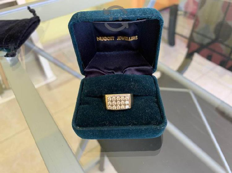Anillo en oro con diamantes certificados
