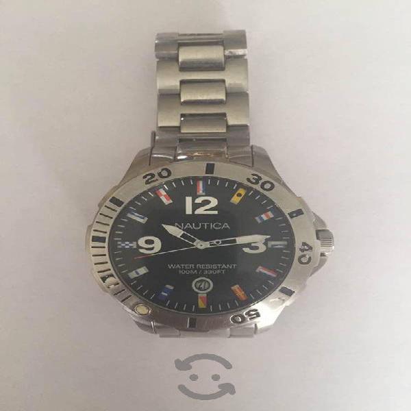 Bonito reloj en venta