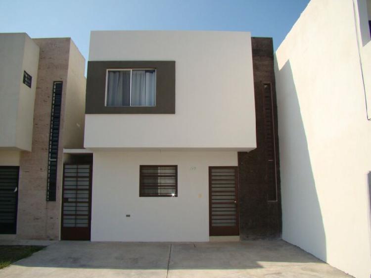 Casa en renta en Valle Azul, Apodaca, Nuevo Leon, para hasta