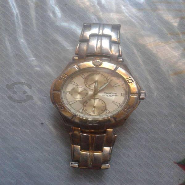 Reloj Armitron para caballero