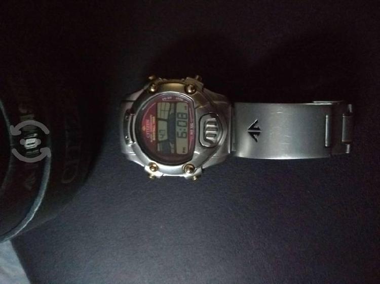 Reloj CITIZEN Promaster alarma cronografo digital