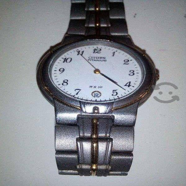 Reloj Citizen Titanium con extensible nuevo