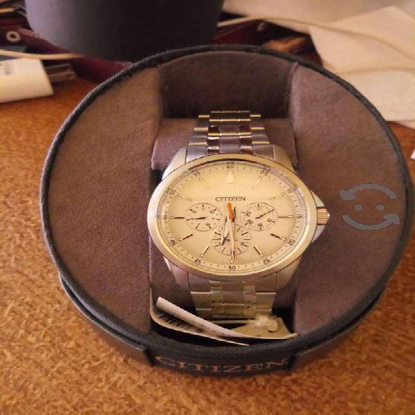 Reloj Citizen para hombre modelo AG834058