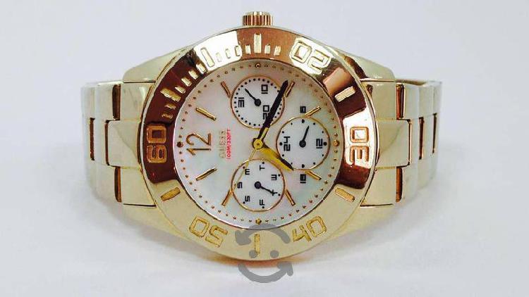 Reloj Guess Caja Y Pulso Chapa De Oro