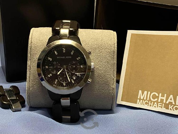 Reloj Michel Kors correa de Madera