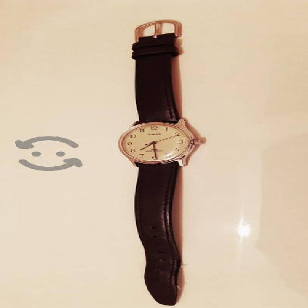 Reloj Vintage Timex de cuerda años 80's