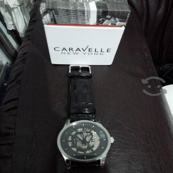 Reloj caravelle new york by bulova