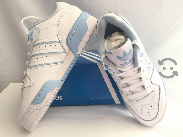 Tenis Adidas Rivaly low 23 y 26mx