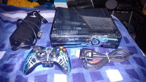 Xbox 360 Edicion Halo 4 Con Control,cable Av Y Fuente De Ali