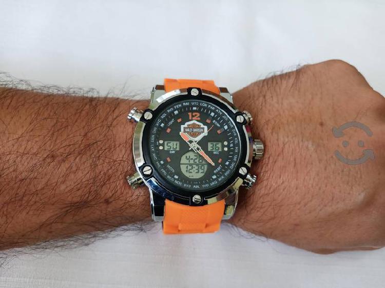 reloj harley de cuarzo USADO para caballero