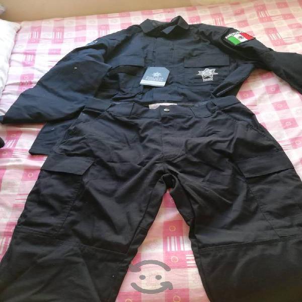 uniformes, chamarras, uniformes y equipo táctico