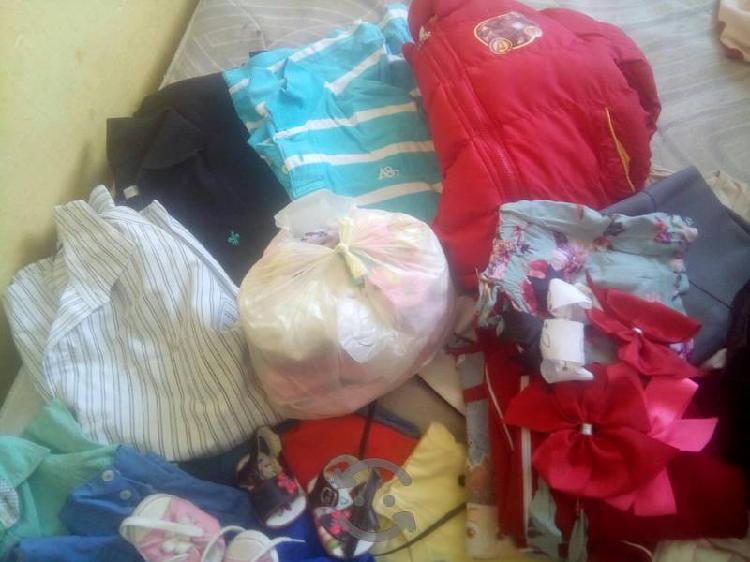 vendo bolsa con ropa