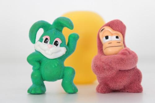 Conejo Y Gorila Miniatura Kinder Sorpresa