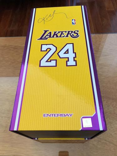 Figura Enterbay Kobe Bryant Los Angeles Lakers