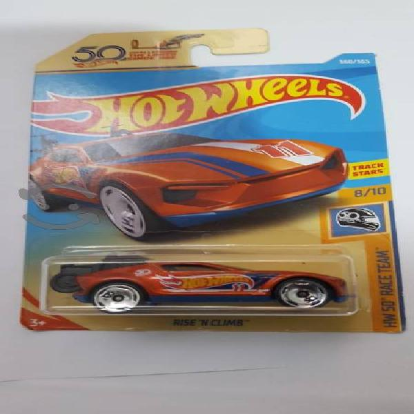 Hot Wheels Rise N Climb Naranja.