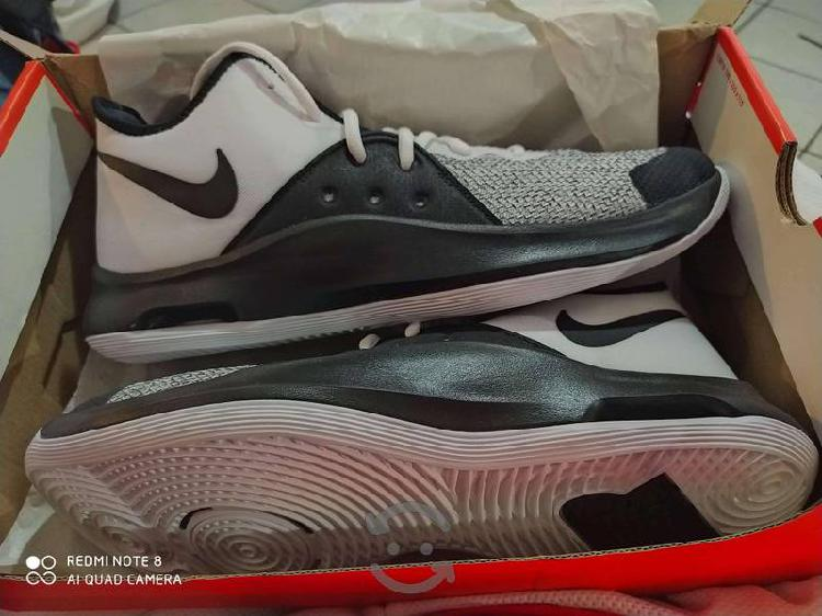 Tenis para basquet Nike Air nuevos 28 cm
