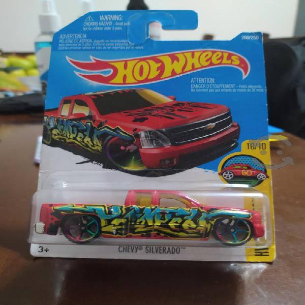 hot wheels chevy silverado roja hw art carts nuevo