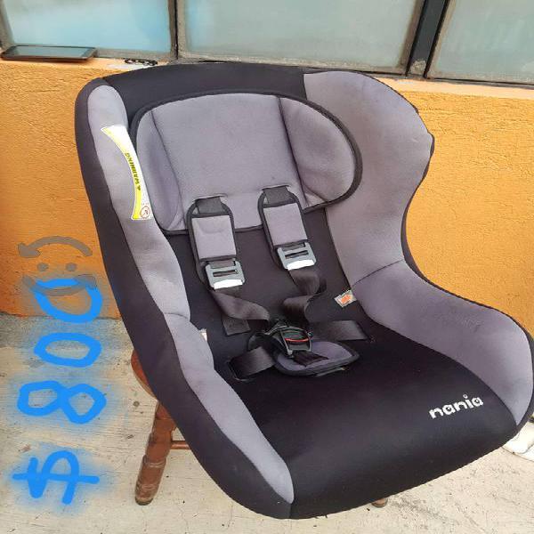 Asiento de bebé (de seguridad para auto)