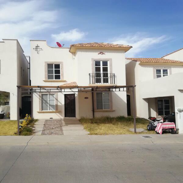 Casa en renta Fracc Alicantes al norte de la ciudad $7,500