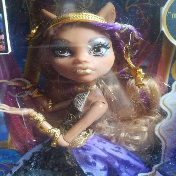 Monster high 13 deseos clawdeen wolf