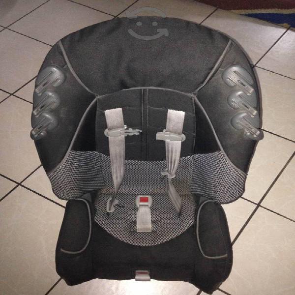 Silla de bebé para auto marca graco