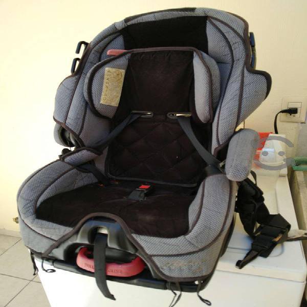 Silla porta bebé para auto