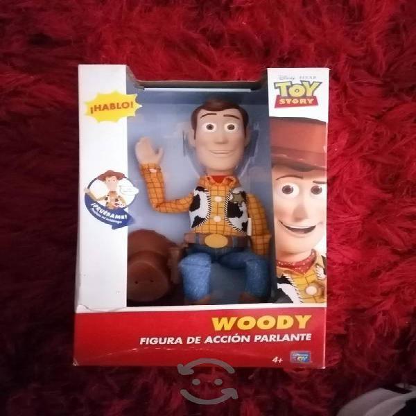 Woody figura de acción parlante.
