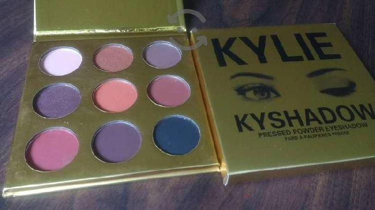 10 Paletas de Sombras Kylie con Envío Gratis