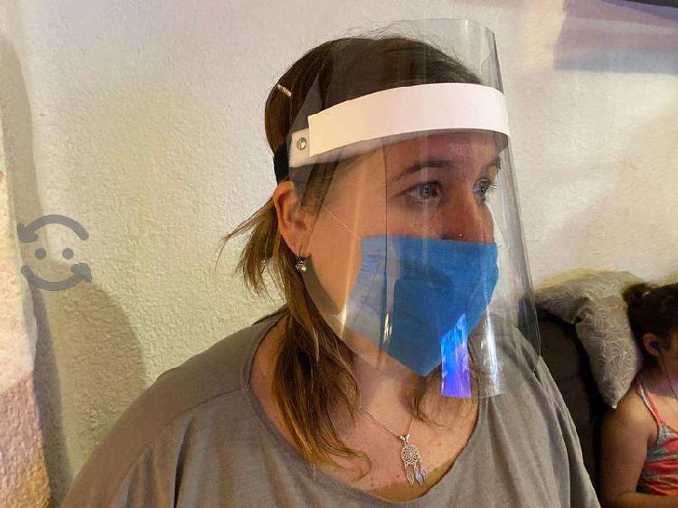 Careta de protección facial con cubrebocas