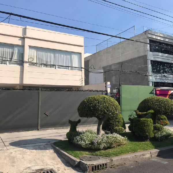 Casa en venta con 4 recámaras en Polanco
