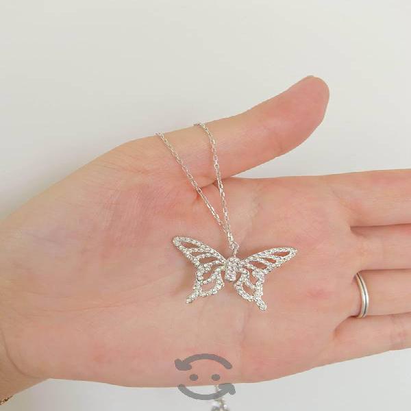 Juego de collar de mariposa con aretes NUEVOS