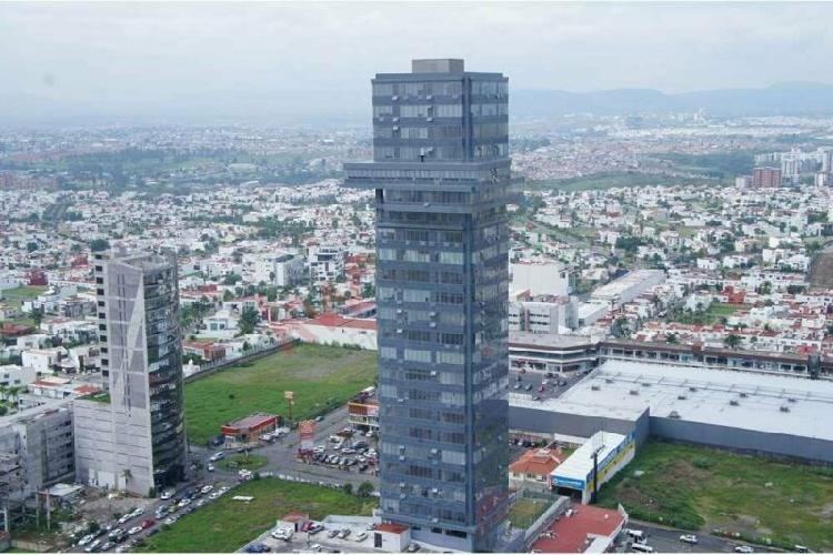 Oficina en Venta en Lomas de Angelópolis, cerca de