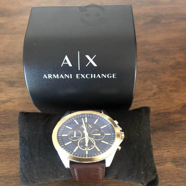 Reloj Armani fechador y extensible piel